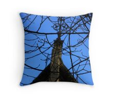 LONDON PARKS NATURALLY 2 ~ ARCHITECTURE BETWEEN THE TREES Throw Pillow