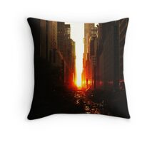 Manhattanhenge Sunset Midtown New York City Throw Pillow