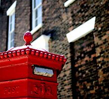 Post box - Liverpool, England by littleinca