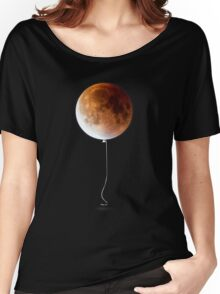 Red Balloon Moon Women's Relaxed Fit T-Shirt