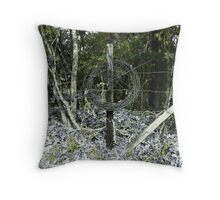 enso wire in Natchez Throw Pillow