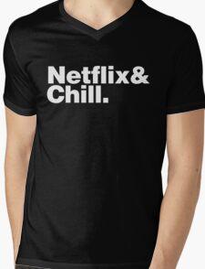 NETFLIX & CHILL & Mens V-Neck T-Shirt