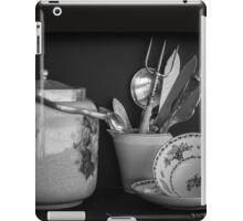 Nice cup of tea and a bikkie iPad Case/Skin