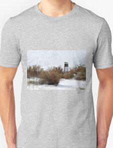 Vintage Hunting House in Winter T-Shirt