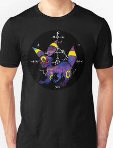 occult umbreon (black bubble) T-Shirt