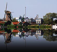Reflection of Working Windmills-Amsterdam by neverforgotten