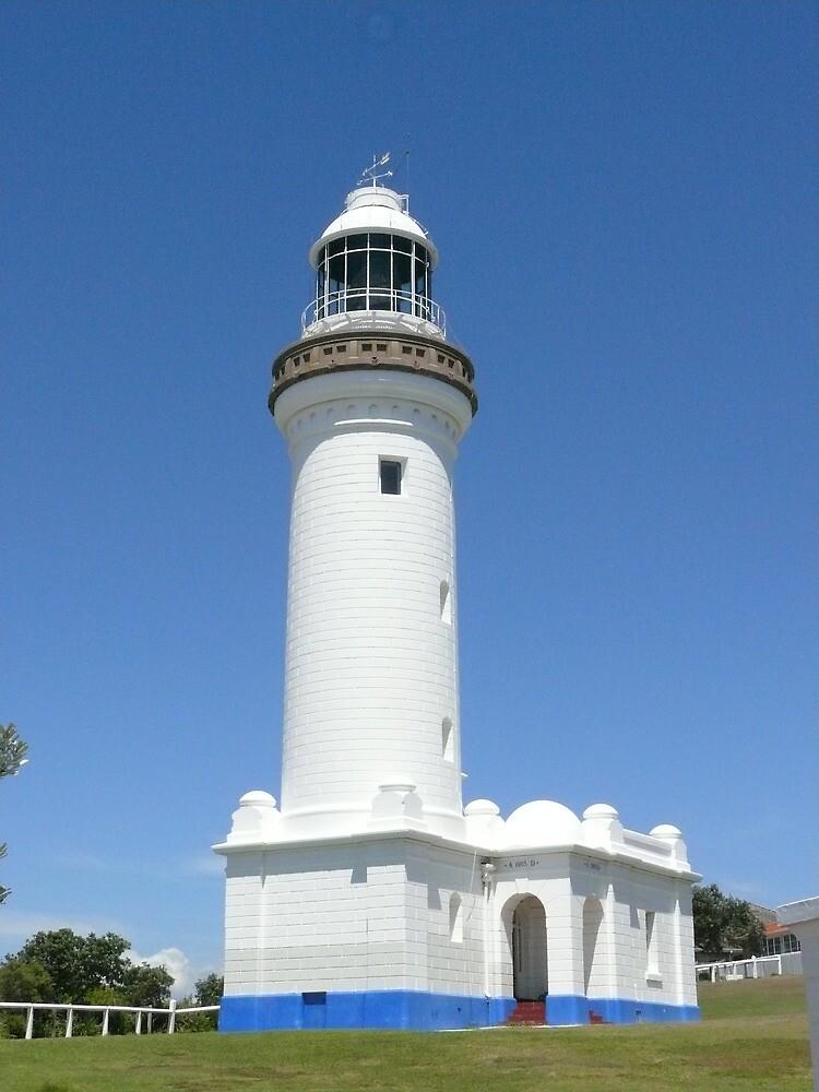 Noorah Head Light House, Toukley, NSW by elsha