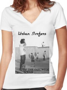 Concrete Surfers Women's Fitted V-Neck T-Shirt