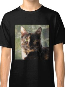 Tortoiseshell cat looking at camera Classic T-Shirt