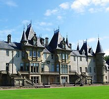 Callander House - back view, side on by Dawn (Paris) Gillies