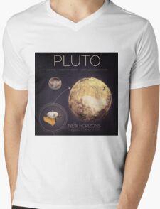 Planet Pluto Infographic NASA Mens V-Neck T-Shirt