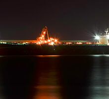 Night Time Coal Loading by bazcelt