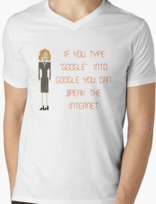 "The IT Crowd – If You Type ""Google"" into Google Mens V-Neck T-Shirt"