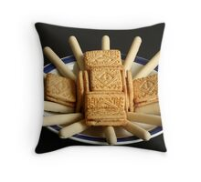 Don't say biscuits, say *Chocolate* biscuits Throw Pillow