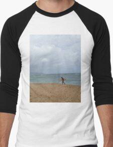 Surfer at pipeline - Oahu, Hawaii T-Shirt