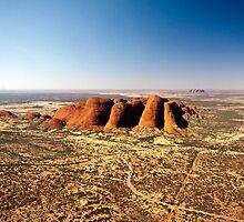 Kata Tjuta and Uluru by Lisa  Kenny