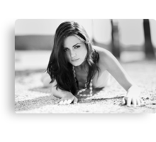 b & w portret on the beauty model Canvas Print