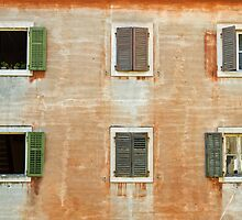 Old weathered facade. by cloud7