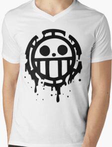 Heart pirates trafalgar law one piece 2 Mens V-Neck T-Shirt