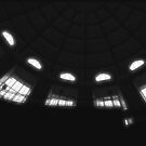 Looking up to the dome by Britta Döll