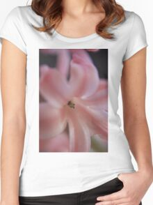 Hyacinth Macro Women's Fitted Scoop T-Shirt