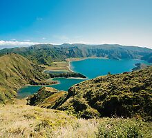 Lagoa do Fogo by Gaspar Avila