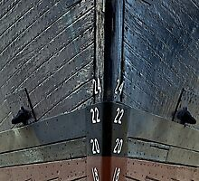 Bow Markers: keel at boatyard by mypic