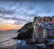Sunset at Riomaggiore by Luke Griffin