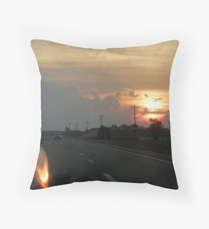 Traveling Sunset III Throw Pillow