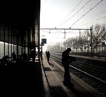 Waiting for the Train by linhere