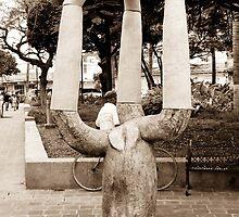 escultura by Luz Blazaretti
