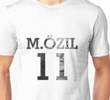 Mesut Ozil - Black & White Unisex T-Shirt