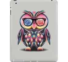 Owl rainbow on Glasses iPad Case/Skin