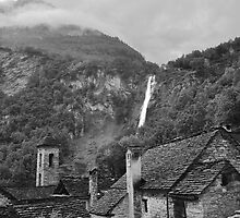 Cascata di Foroglio by itchingink