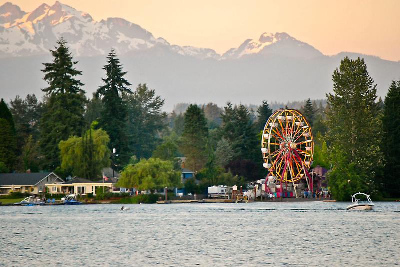 Lake Wheel by Robert  Miner