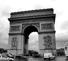 Arc de Triomphe by Ruth Smith