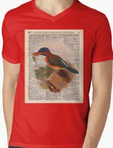 Kingfisher bird with a lizard,wild bird illustration Over a Old Dictionary Mens V-Neck T-Shirt