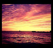 Hudson Sunset by DmitriyM