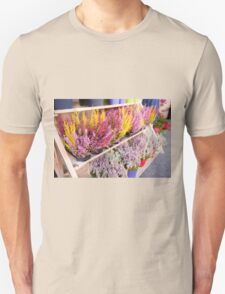 Shop shelves with blooming heather T-Shirt