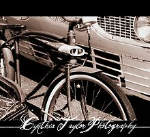 Old Times- Bike at annual run to the sun carshow by christianchick1