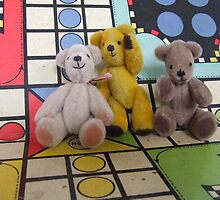The Ludo Gang's All Here by Joan Glen-Martin