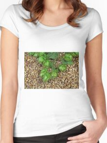 Hops and Malt Women's Fitted Scoop T-Shirt