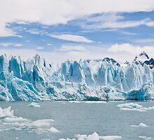 Glacier Perito Moreno, Argentine by Pierre Richard