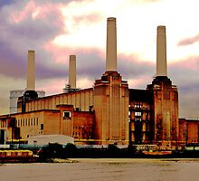 Battersea Power Station by Amos Rojter