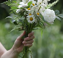 White garden bouquet by intensivelight