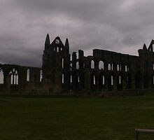 Whitby Abbey by chrystalpearson