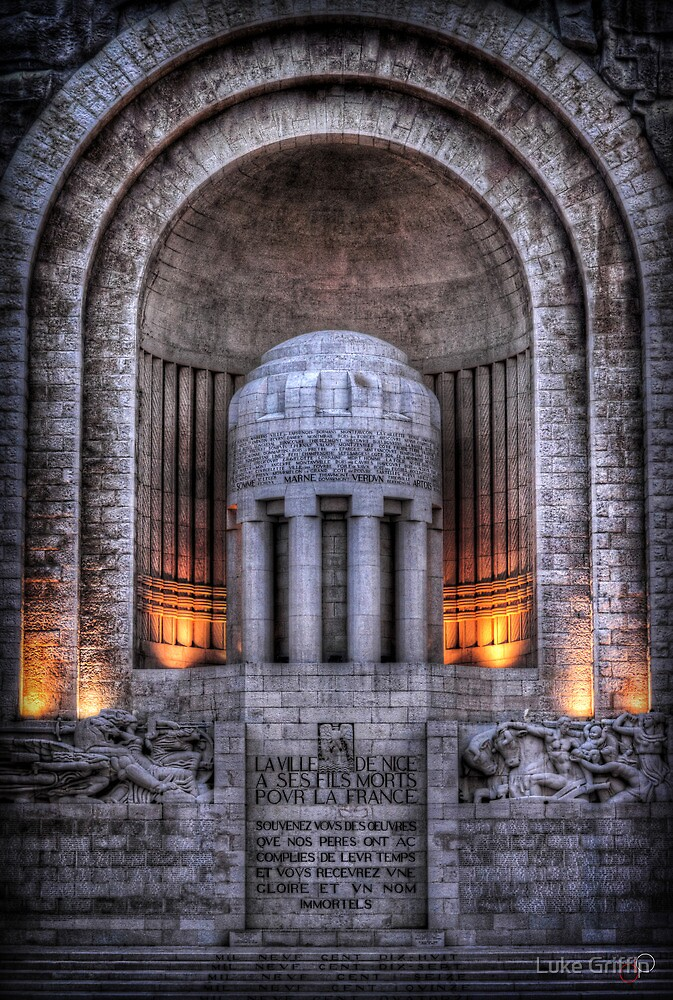 Monument aux Morts Nice by Luke Griffin