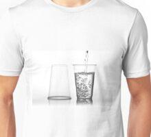 water into transparent expendable mug Unisex T-Shirt