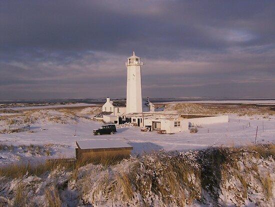 Winter at the LightHouse by kip13
