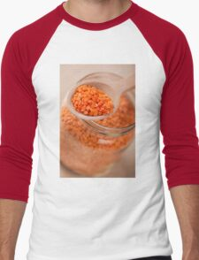 Portion of red lentils on wooden spoon Men's Baseball ¾ T-Shirt